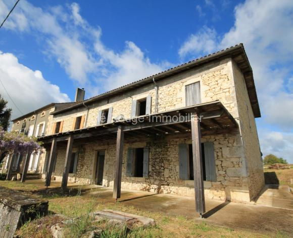 Property for Sale - Building with apartments - duras